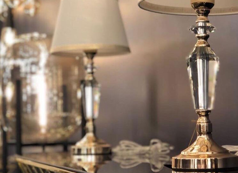 crystal table lamp with lamp shade